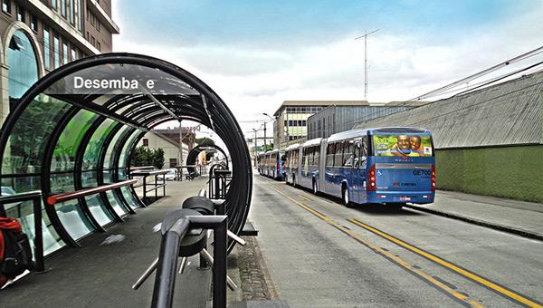 curitiba-brazil-sustainable-city-bus-stop