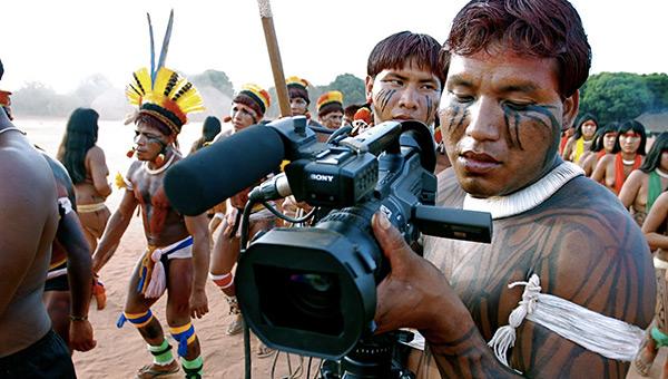 dia-do-indio-brazil-indigenous-video-camera